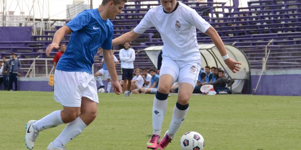 Futbol – Escuela sociodeportiva Real Madrid